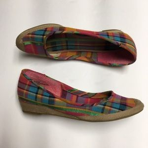 EUC Espadrille Wedge Slip-Ons Rainbow Plaid Merona